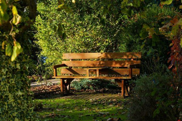 Choisir son banc pour votre jardin, conseil de la rédaction