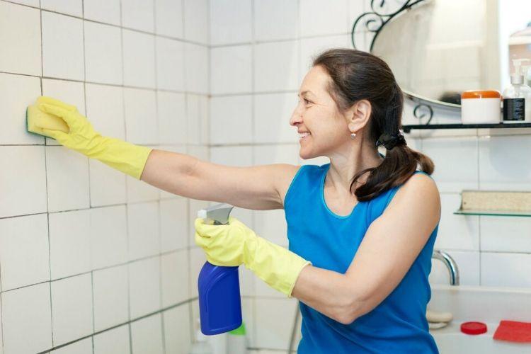 nettoyer joint carrelage salle de bain